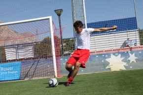 jugar a futbol