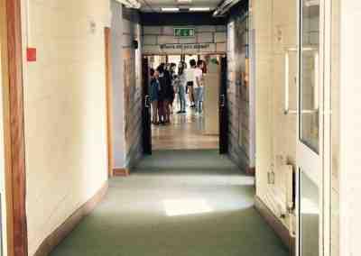 5. Interior de la escuela 2_Bray
