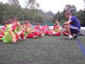 Campamentos futbol Asturias en inglés