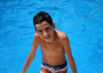 playa-piscina-actividades-en-ingles-campamento