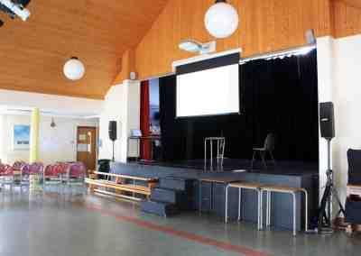 7. salón multifuncional del colegio_Bray
