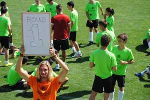 Campamento de fútbol con entrenadores y monitores británicos